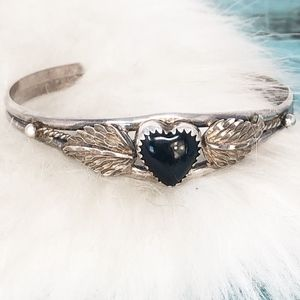 Jewelry - Vtg Heart Shaped Black Onyx 925 Cuff w/Wings